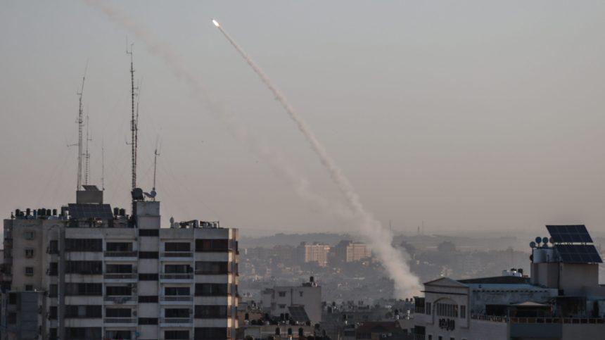Gaza: Israël tue un haut commandant palestinien, tirs de roquettes en réponse