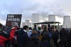Des militants pour le climat occupent des mines de charbon allemandes