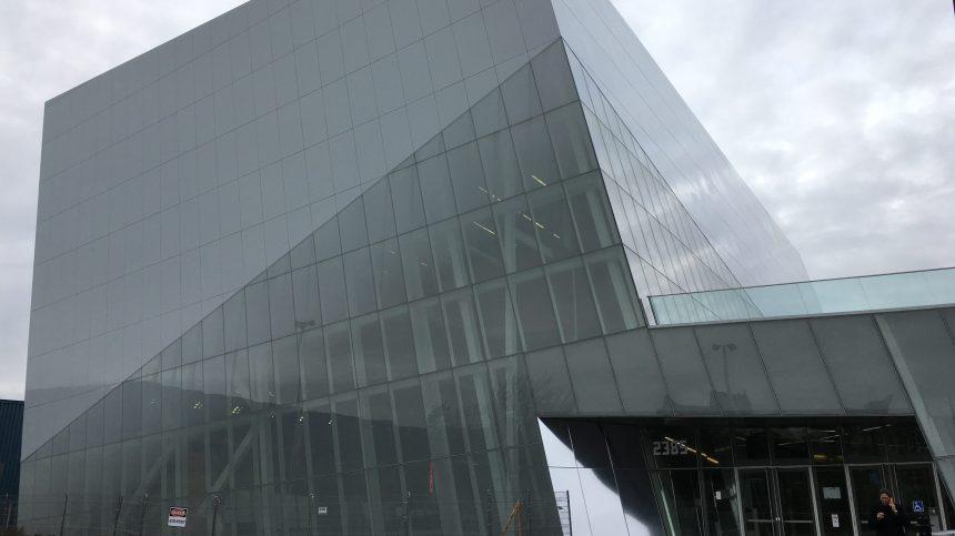 Complexe sportif: Saint-Laurent devra payer 2 M$