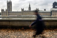 Londres fait marche arrière sur l'exploitation du gaz de schiste