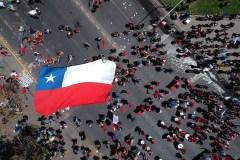 Chili: la mobilisation reste forte, l'économie en souffrance