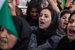 Bagdad: après une nuit de violences, les forces irakiennes tirent sur les manifestants