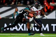 Watson et les Texans musellent facilement les Jaguars 26-3 à Londres