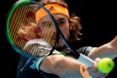 Rafael Nadal défait Stefanos Tsitsipas, mais est éliminé des Finales de l'ATP