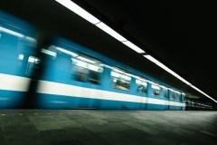 Montréal: une journée marquée par les arrêts de service dans le métro