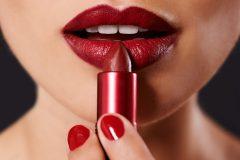 Des rouges à lèvres qui tiennent toute la soirée