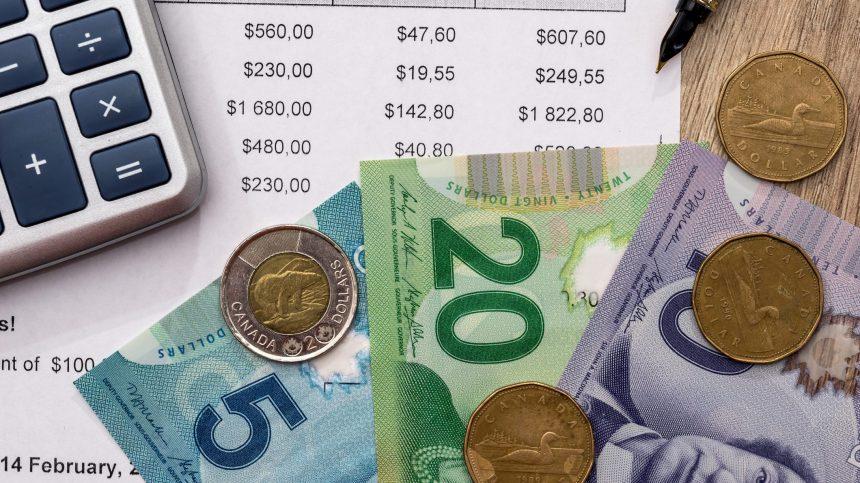 Mise à jour économique: Girard annonce 857 millions $ de dépenses supplémentaires
