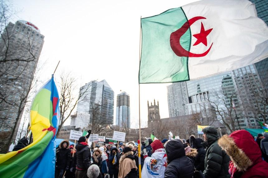 La révolution du sourire ne faiblit pas à Montréal
