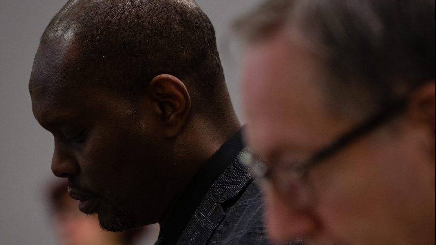 20 ans de loi contre les crimes de guerre: l'inaction d'Ottawa dénoncée