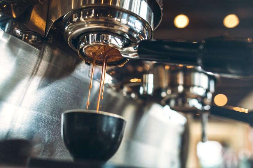 Est-il vrai que le café déshydrate?