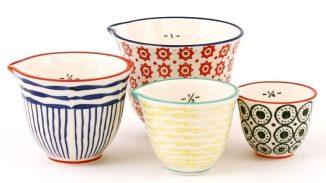 Faites de céramique et allant au four à micro-ondes et au lave-vaisselle, ces tasses à mesurer sont si belles qu'elles ne se retrouveront pas au fond du tiroir, c'est assuré!