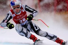 Ester Ledecka signe une première victoire en descente à la Coupe du monde