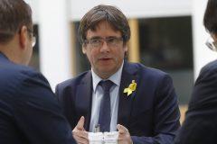 Catalogne: Puigdemont et Comin font leur entrée au Parlement européen