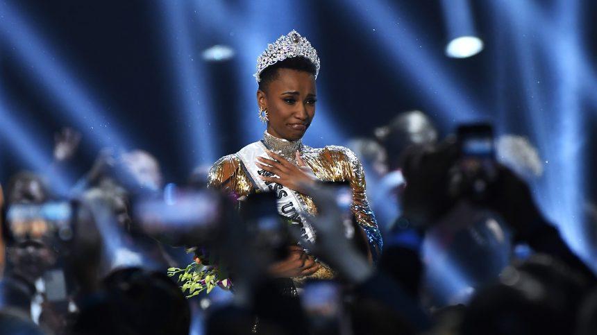 Zozibini Tunzi, Miss Afrique du Sud, couronnée Miss Univers 2019