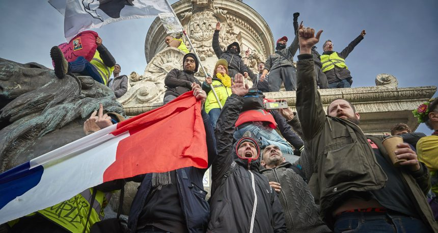 Réforme des retraites en France: forte mobilisation au 13e jour d'une grève illimitée