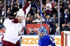 Nichushkin marque à court d'un homme et l'Avalanche bat les Maple Leafs 3-1