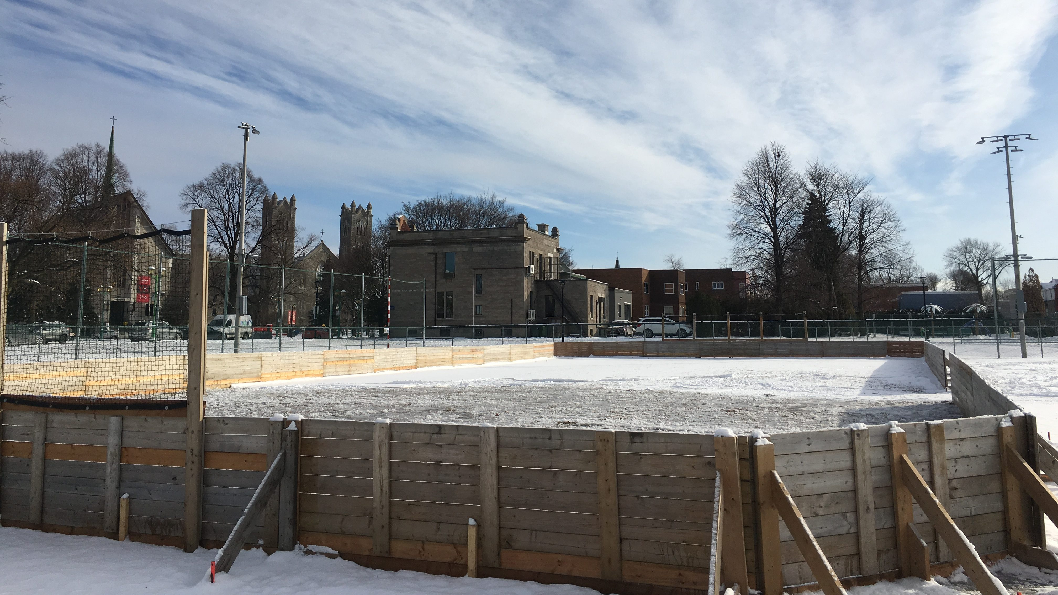 Changements climatiques: Montréal pourra-t-elle préserver ses patinoires extérieures?
