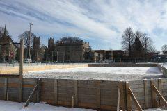 Les glaces extérieures bientôt ouvertes à Saint-Laurent