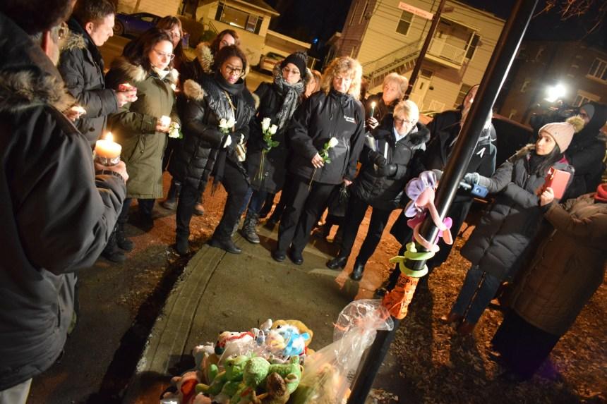 Meurtres à Pointe-aux-Trembles: la communauté se recueille