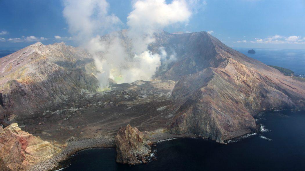 volcan White Island