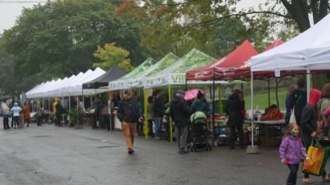test grandeur nature marché public à Ahuntsic-Cartierville