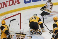 Après avoir accusé un recul de trois buts, les Penguins culbutent les Bruins 4-3
