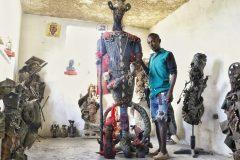 Quand l'art de la récupération adopte la Grand Rue de la capitale d'Haïti