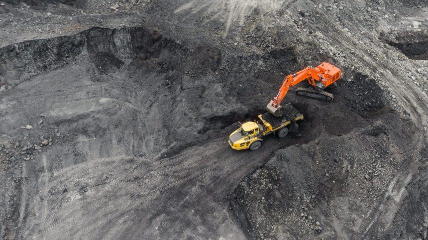Projets miniers: une communauté autochtone en cour contre Québec