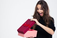 Saint-Valentin: 10 idées-cadeaux pour elle