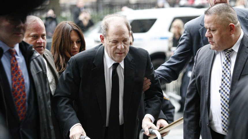 Le procès d'Harvey Weinstein s'ouvre à New York
