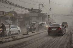 Philippines: état d'alerte annoncé après le réveil du volcan Taal