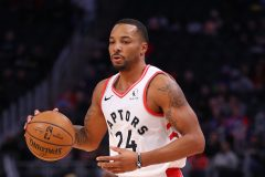 Powell obtient 23 points dans un gain des Raptors face au Thunder, 130-121