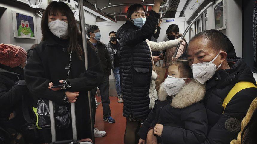 La Chine impose des mesures nationales de dépistage dans les transports