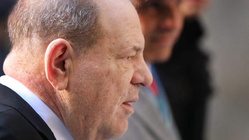 Début des plaidoiries au procès du producteur déchu Harvey Weinstein