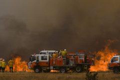Australie: l'aéroport de Canberra fermé pour les besoins des pompiers