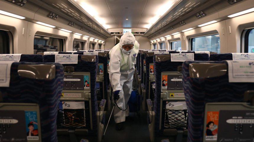 Coronavirus: les autorités fédérales veulent rassurer la population