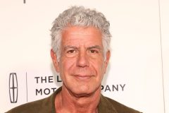 «World Travel», dernier ouvrage d'Anthony Bourdain sortira en octobre
