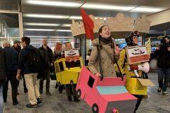 Salon de l'auto: fronde d'Extinction rébellion contre la dépendance à la voiture