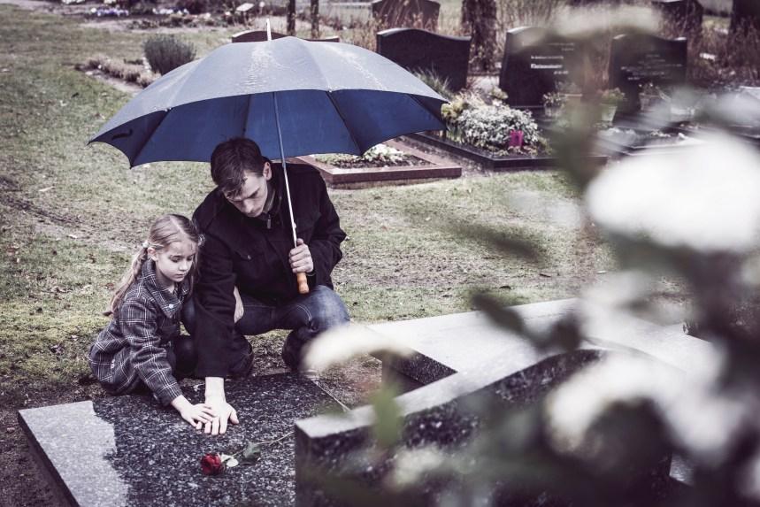 Cinq conseils pour soutenir les enfants dans le deuil