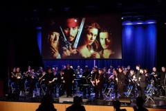 Cinéma accompagné d'un orchestre à l'école Monseigneur-Richard