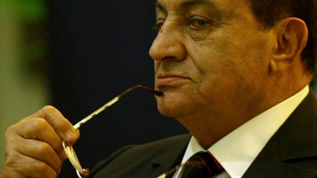 Décès d'Hosni Moubarak, déchu lors du Printemps arabe en Égypte