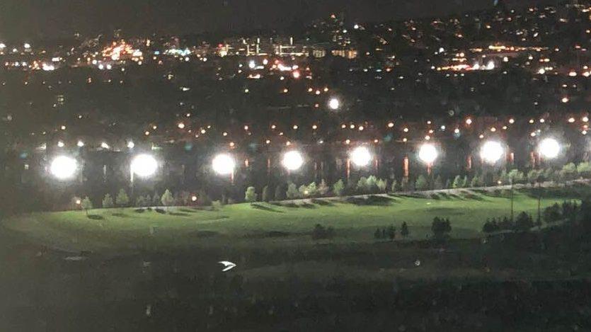 Éclairage adapté au Golf Exécutif Montréal pour les résidences voisines
