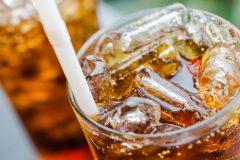 Une alimentation riche en sucres serait souvent plus pauvre en vitamines