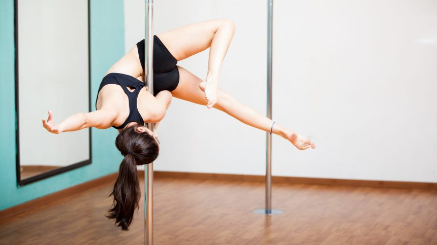 La pole dance, une discipline sportive étonnante
