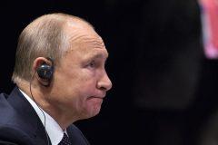 Un mariage n'est possible qu'entre «un homme et une femme», dit Poutine