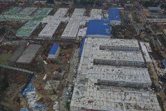À Wuhan, l'hôpital bâti dans l'urgence reçoit ses premiers malades