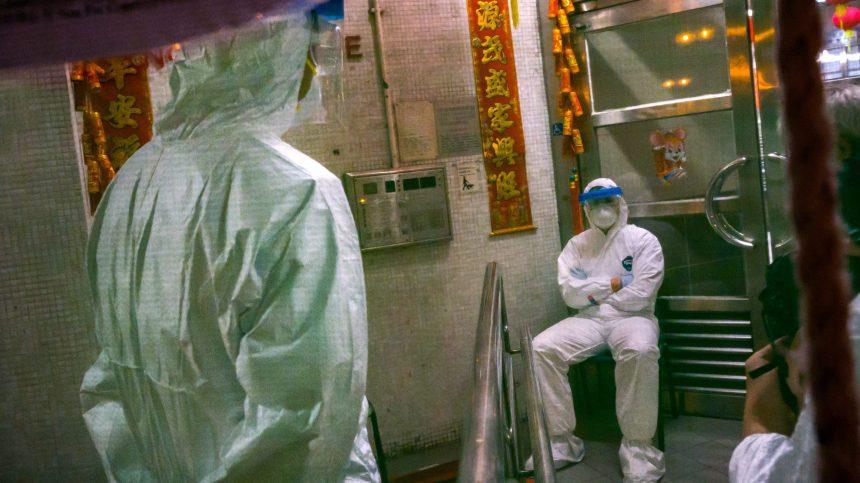 Propagande: Pékin mobilise les masses terrifiées par le virus