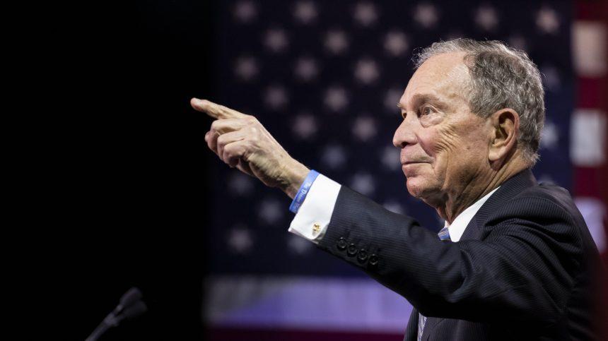 Premier débat attendu pour le candidat Bloomberg
