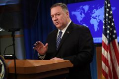 «Virus chinois», journalistes expulsés: le ton monte encore entre Washington et Pékin