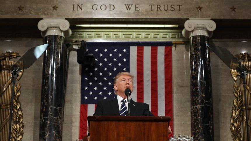 Dans un Congrès divisé, Donald Trump vante ses promesses «tenues»